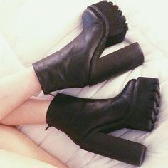 Katy in the Jeffrey Campbell Mulder Platform Boot || Get the boots: http://www.nastygal.com/shoes-brands-jeffrey-campbell/mulder-platform-boot?utm_source=pinterest&utm_medium=smm&utm_term=ngdib&utm_content=omg_shoes&utm_campaign=pinterest_nastygal