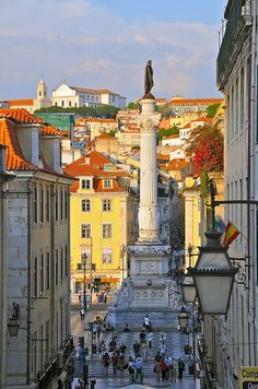 Lisbon, Portugal. Travel in Portugal and learn fluent Portuguese with the Eurolingua Institute http://www.eurolingua.com/portuguese/portuguese-homestays-in-portugal