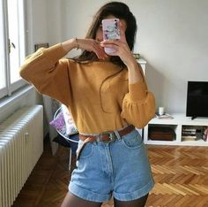 30 Best Summer Outfits Stylish and Comfy Casual Summer Fashion Style. Very Light and Fresh Look. The Best of clothes in Look Fashion, 90s Fashion, Korean Fashion, Fashion Outfits, Womens Fashion, Art Hoe Fashion, Fashion Shorts, Fashion Pics, Dress Fashion
