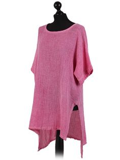 """Linen cotton simple high low tunic imported from Italy. Fabric: 50% Linen, 50% Cotton. Machine wash cold, fluff then hang dry. Approximate Measurements:length front side: 30"""". length back side: 34"""". 