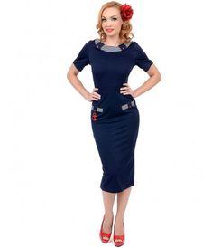 1950s wiggle dress at vintagedancer.com