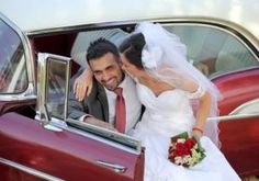 Rent an amazing classic car with Easy Car Booking for your wedding on the French Riviera Married Life, Just Married, Wedding Preparation List, Tax Preparation, Event Venues, Wedding Venues, Wedding Cars, Couples Images, France