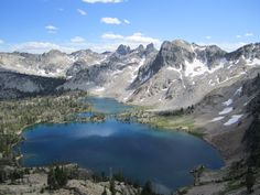 Sawtooth Twin Lakes from 9000 ft