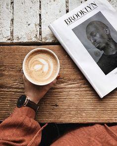 Impressive Tips Can Change Your Life: Coffee And Books Stars black coffee gluten free. Coffee Barista, My Coffee, Coffee Beans, Coffee Drinks, Coffee Shop, Coffee Cups, Cappuccino Coffee, Starbucks Coffee, Morning Coffee