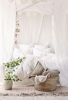 Styling a white #bedroom      #boudoir http://bymaria.com/