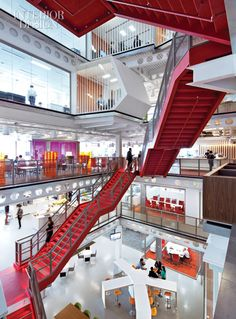With a crimson stairway, Clive Wilkinson tied London's Macquarie Group together. Love the red! ..rh