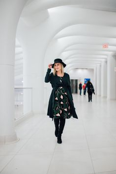 Spring dress   How to layer a Spring Dress   Maternity fashion   Uptown with Elly Brown