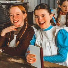 #renewannewithane Anne Shirley, Diana Barry, Amybeth Mcnulty, Gilbert And Anne, Anne White, Hallowen Costume, Anne With An E, Cinema Movies, Perfect Boy