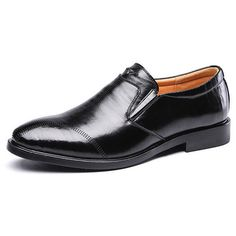 vintage pointed toe breathable slip on leather dress shoes (175 PLN) ❤ liked on Polyvore featuring men's fashion, men's shoes, men's dress shoes, black, mens black shoes, mens summer slip on shoes, mens black pointed toe dress shoes, vintage mens dress shoes and mens black leather dress shoes