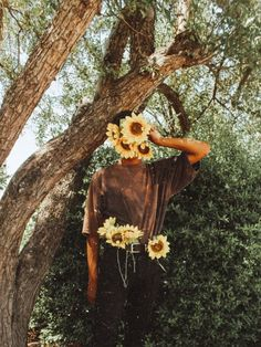Wohnen & Avantgarde lonely boy Marriage ceremony Gown Alterations When you have got a marriage costu Art Hoe Aesthetic, Flower Aesthetic, Aesthetic Vintage, Aesthetic Photo, Aesthetic Pictures, Shotting Photo, Foto Instagram, Flower Boys, Laura Lee