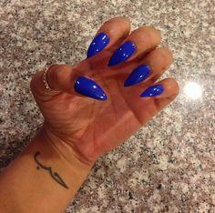 royal blue pointed nails