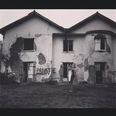 Went to a creepy old abandoned house...