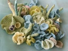 All-crochet scrumble by Mitsuko Tonouchi for Hyperbolic Reef project.