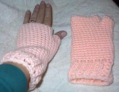 Adult Fingerless Gloves | Hook, Yarn, and Needles the Old Stuff Shallow Sc
