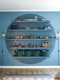 This Two-Toned Kids' Room Floating Shelving Idea Is Gaining Traction Legos, Display Shelves, Shelving, Round Shelf, Line Photography, Room To Grow, Floating Shelves, Color Blocking, Easy Diy