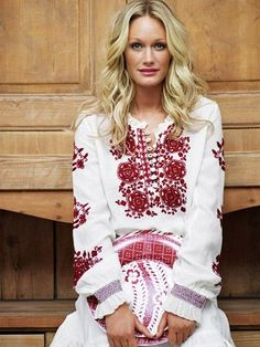 i love traditional swedish embroidery. so pretty.: