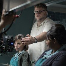 Latest episode of The Business podcast has Guillermo del Toro talking about The Shape of Water production & Searchlight http://ift.tt/2ATKkFP