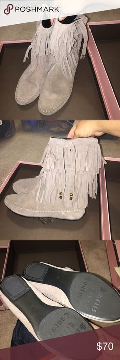 Juicy Couture Tara Fringe Moccasin Boot TAUPE 6 Juicy Couture Tara Fringe Moccasin Boot TAUPE 6. Check out he soles - these were never worn outdoors! Juicy Couture Shoes Winter & Rain Boots