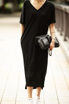Black jersey v-neck dress