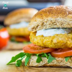 Like Chicken Tikka? You will love these Slimming World Syn Free Tikka Turkey Burgers. They're ridiculously low in fat and quick & easy to make! Slimming World Syns, Slimming Recipes, Slimmers World Recipes, Cooking Recipes, Healthy Recipes, Ww Recipes, Healthy Dinners, Turkey Recipes, Chicken Recipes
