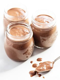 No-Cook Overnight Chocolate Chia Seed Pudding - I never knew chocolate pudding could be a health food! And this no-cook overnight chocolate ch - Paleo Recipes, Whole Food Recipes, Cooking Recipes, Protein Recipes, Potato Recipes, Cleanse Recipes, Chi Seed Recipes, Low Carb Desserts, Vegan Desserts