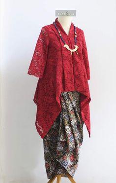 #Malaysia Baru Baju Kurung : kebaya #Baju #BajuKurung #BajuKurungModen #BajuKurungRaya Kebaya Hijab, Kebaya Brokat, Kebaya Dress, Batik Kebaya, Batik Fashion, Ethnic Fashion, Hijab Fashion, Fashion Dresses, Dress Brokat Muslim