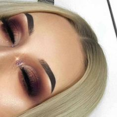 Gorgeous Makeup: Tips and Tricks With Eye Makeup and Eyeshadow – Makeup Design Ideas Makeup Goals, Makeup Inspo, Makeup Inspiration, Makeup Tips, Makeup Ideas, Makeup Hacks, Makeup Designs, Winter Makeup, Fall Makeup