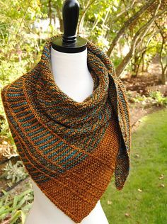 Paid Ravelry: Lochlyn Shawl pattern by Judy Marples