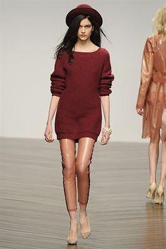 London Fashion Week 2013. Latex Leggings