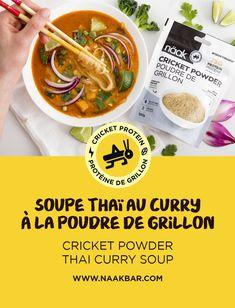 Cette semaine on vous transporte en Thaïlande avec notre délicieuse recette de soupe thaï au curry à la poudre de grillon. Ajouter de la poudre de grillon à cette soupe épicée est une manière parfaite d'augmenter vos apports en protéine et en vitamine B12! ///// This week we are taking you on a trip to Thailand with our delicious Cricket Powder Thai Curry Soup. Adding cricket powder to this spicy soup is the perfect way to increase your protein and B12 vitamin intake! Thai Curry Soup, Vitamine B12, Powder Recipe, Crickets, Beef, Food, Spicy Soup, Curry Paste, Cooking Oil
