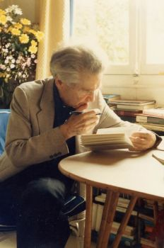 E. M. Cioran Emil Cioran, Writers And Poets, The Lives Of Others, Old Photos, Philosophy, D1, Romania, Portraits, Paris