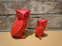 Vintage owls bright red 70s home decor retro mod bright housewares kitsch nature upcycled