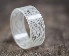 Dentelle résine bracelet Bracelet Vintage Français par daimblond