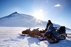 Arctic Panorama Lodge - Winter Special 3 nights dinner, bed & breakfast, 3-hours snowmobile tour, 3-hours snowshoe tour £ 380.- / 480.- € / 3 990.- NOK per person