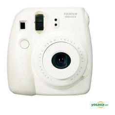 Fujifilm Instax Mini 8 (White) Instant Photo Camera (1.390.160 IDR) ❤ liked on Polyvore featuring fillers, camera, accessories, electronics, other and magazine