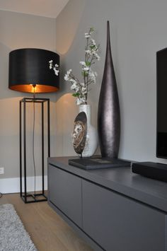 Apartment Modern Design Credenzas 23 Ideas For 2019 Modern Apartment Design, Interior Modern, Interior Design Living Room, Living Room Designs, Modern Design, Interior Decorating, Home Living Room, Apartment Living, Living Room Decor