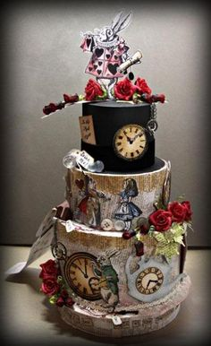 Alice in wonderland Cake <3 It's like childhood all over again.