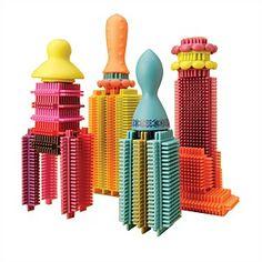 Klocki B. Toys Stacadoos - możesz z nich wybudować mini Manhattan;)