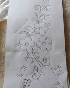 Abla ELBERDAI's media statistics and analytics Border Embroidery Designs, Floral Embroidery Patterns, Embroidery Flowers Pattern, Beaded Embroidery, Flower Patterns, Hand Embroidery Videos, Embroidery Stitches, Hand Work Design, Quilling Designs