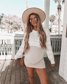 0e0db1b5c Bumpin  into the weekend like 👶🏼 36 weeks pregnant Embarazo Con Estilo