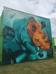 Street art display at the Australian Grand Prix - #streetart #art #motorracing #f1 #graffiti