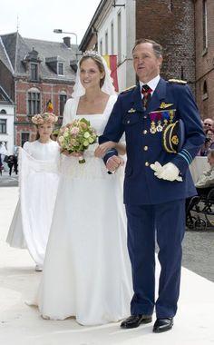 La princesse Alix de Ligne, fille aînée de Michel de Ligne, quatorzième prince et chef de la maison de Ligne, a épousé le comte français Guillaume de...
