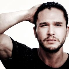 Kit Harington for Entertainment Weekly (25.Jul.2014) for the 2014 San Diego Comic Con]↫ ☒