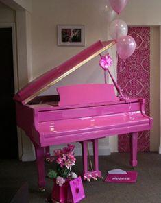 pink piano..