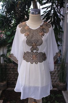 Moroccan White Chiffon Blouse Fancy Gold Embroidery by aboyshop, $35.00 Classy Lady, Classy Women, White Chiffon Blouse, Gold Embroidery, Kaftans, Learn To Sew, Moroccan, Sequins, Tunic Tops