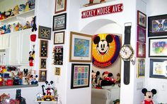 The living area is heading in that direction anyway, so why not just go for it? Casa Disney, Disney Rooms, Disney Diy, Disney Crafts, Disney Ideas, Mickey Mouse Bedroom, Mickey Mouse House, Disney Bathroom, Disney Kitchen