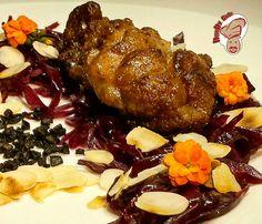 MMMM... TASTY !!! Es esta #Mollejita a las #brasas acompañada de misto de #verdura... #Segundo #plato. Evaluacion ♨♨♨♨♨ #lombarda #frutos #secos #almendras #aceitunas #negras #gastronomy #culinaria #cocina #cocinadediseño #altacucina #saboreslatinos #chef #cuoco #sabores #sapori #cucinare #ricette #recetas #cooking #HumbyChef
