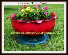 our recycled tire planter project Old Tire Planters, Diy Planters, Planter Ideas, Garden Crafts, Garden Art, Home And Garden, Garden Projects, Craft Projects, Container Gardening