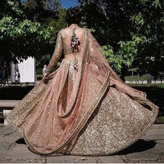 Gorgeous doesn't even begin to define this  #blush #gold #ethereal #twirl #bridastyle #crossoverbollywood