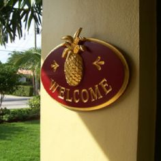 Pineapples International sign for welcome, widely used in the south, you are supposed to display Pineapples near your front door to emply hospitality
